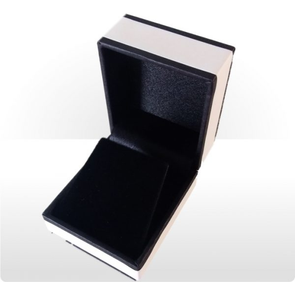 Cream and Black Earring Box