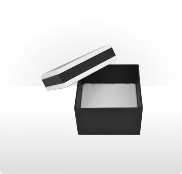 Two piece cardboard ring, earring or pendant box