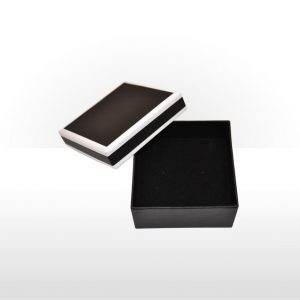 Two piece cardboard pendant or earring box
