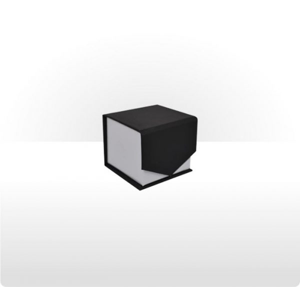 Wrap around cardboard ring or earring box